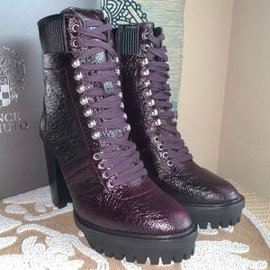NIB Vince Camuto Ermania Lace Up Combat Boots 6